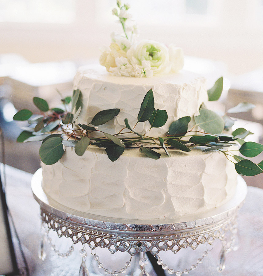 Delicious Wedding Cakes  5 Delicious Wedding Cake Trends