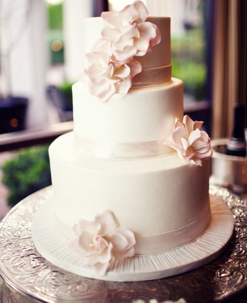 Delicious Wedding Cakes  Feast Your Eyes on 21Delicious Wedding Cake Ideas MODwedding