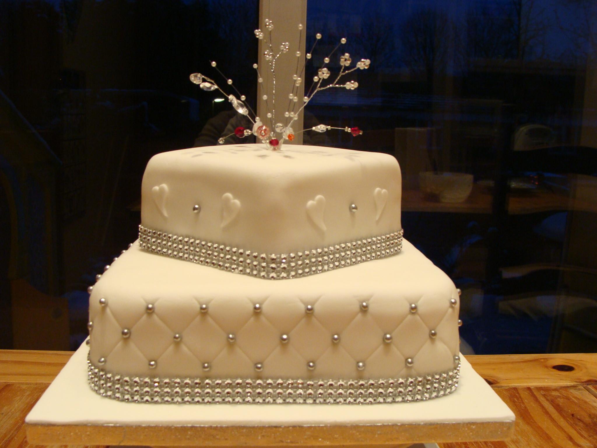 Diamond Wedding Cakes  Top 15 Lovely Diamond Cakes Page 7 of 15