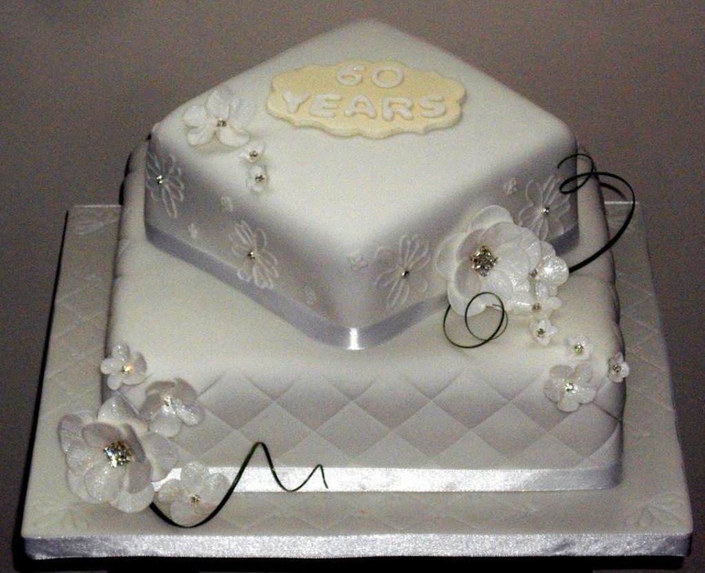 Diamond Wedding Cakes  You have to see Diamond wedding cake on Craftsy
