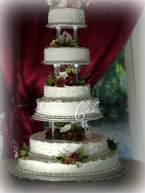 Dominican Wedding Cakes  Suspiro Dominican Frosting or Meringue