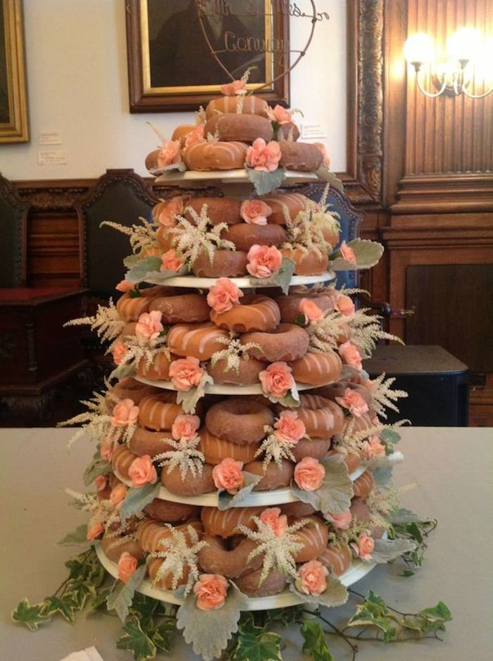 Donut Wedding Cakes  Beautiful donut wedding cake