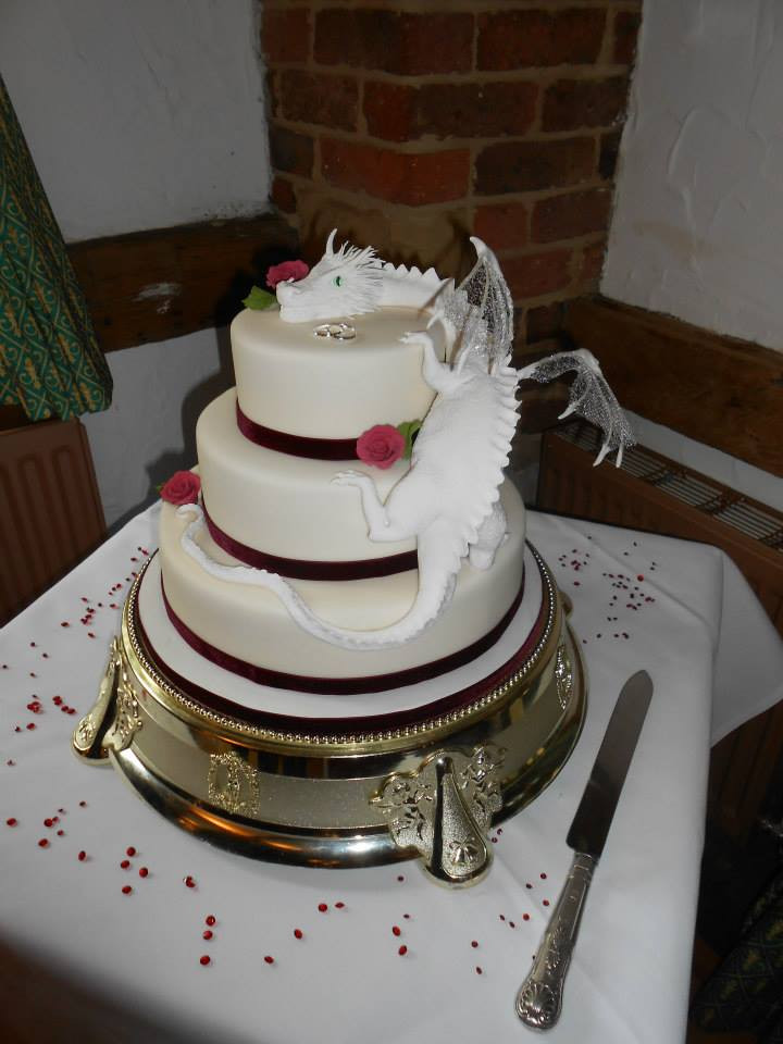Dragon Wedding Cakes  51 unique wedding cakes for the most adventurous couples