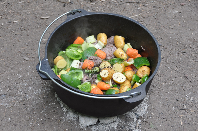 Dutch Oven Beef Stew Camping the Best Ideas for Dutch Oven Beef Stew Brown Meat