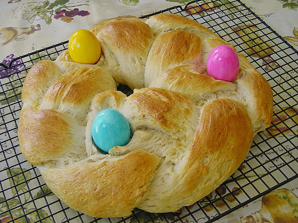 Easter Bread German the top 20 Ideas About Easter Sweet Bread Wreath Authentic German • Best German