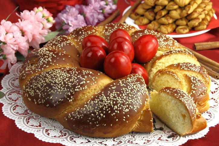 Easter Bread Greek  Greek Easter Bread Recipe Tsourekia