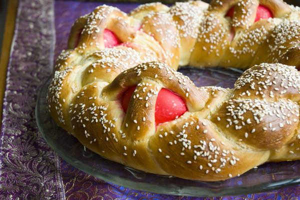 Easter Bread Greek  Greek Easter Bread Lambropsomo