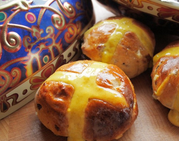 Easter Bread History  Baking for Easter The History of Traditional Hot Cross