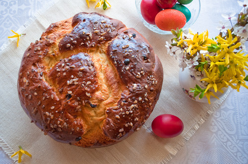 Easter Bread With Raisins  Sweet Easter Bread with Raisins
