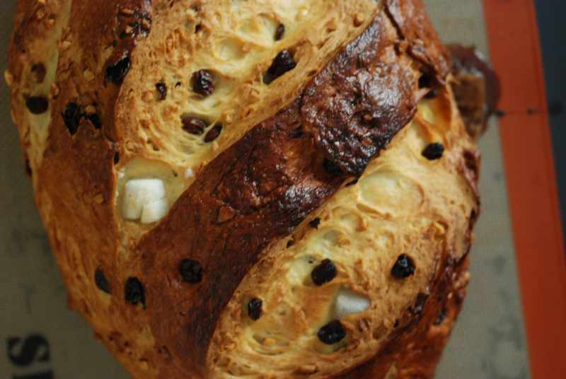 Easter Bread With Raisins  Recipe Easter Bread with Raisins and Sugar Cubes