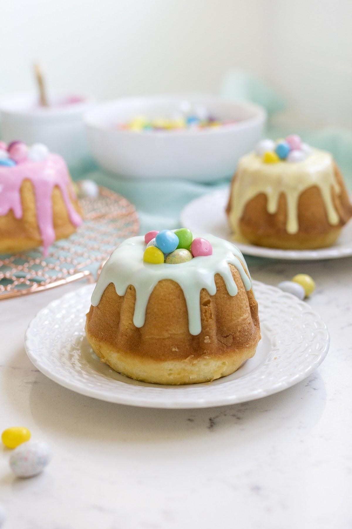 Easter Bundt Cake  Surprise Inside Mini Easter Bundt Cakes Freutcake