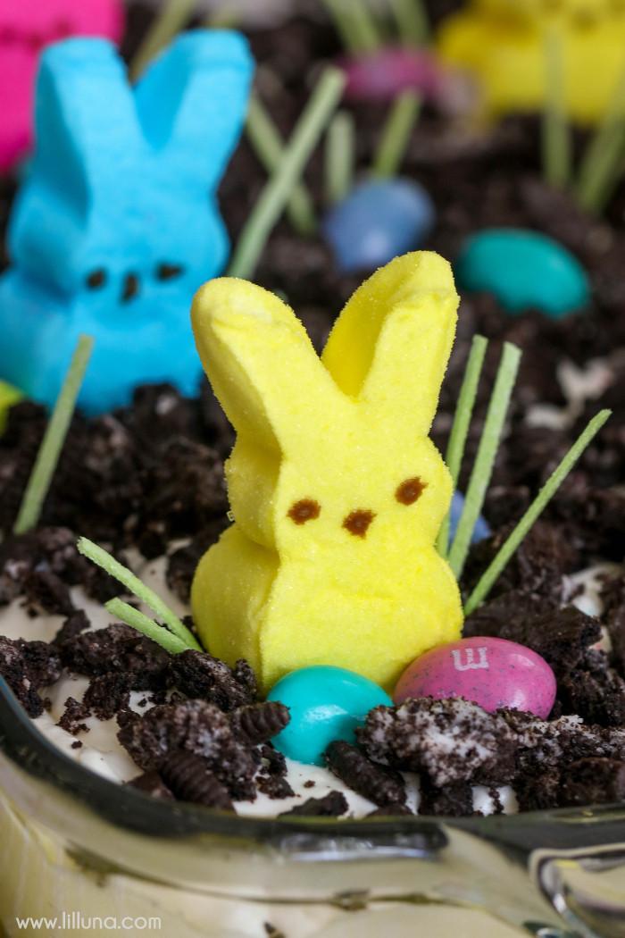 Easter Bunny Desserts  BEST Easter Dirt Cake