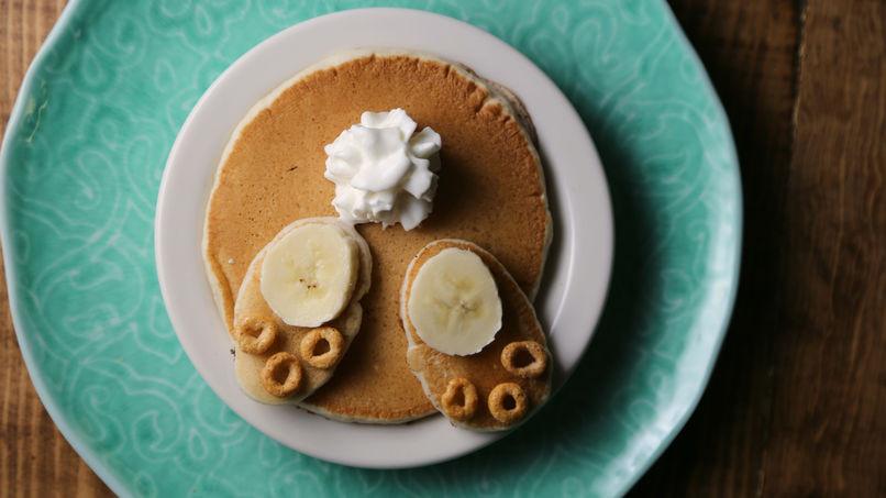 Easter Bunny Pancakes  Easter Bunny Pancakes Recipe QueRicaVida