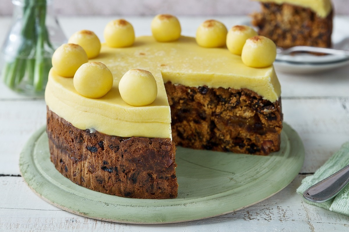 Easter Cake Recipes  Easter Simnel Cake Recipe