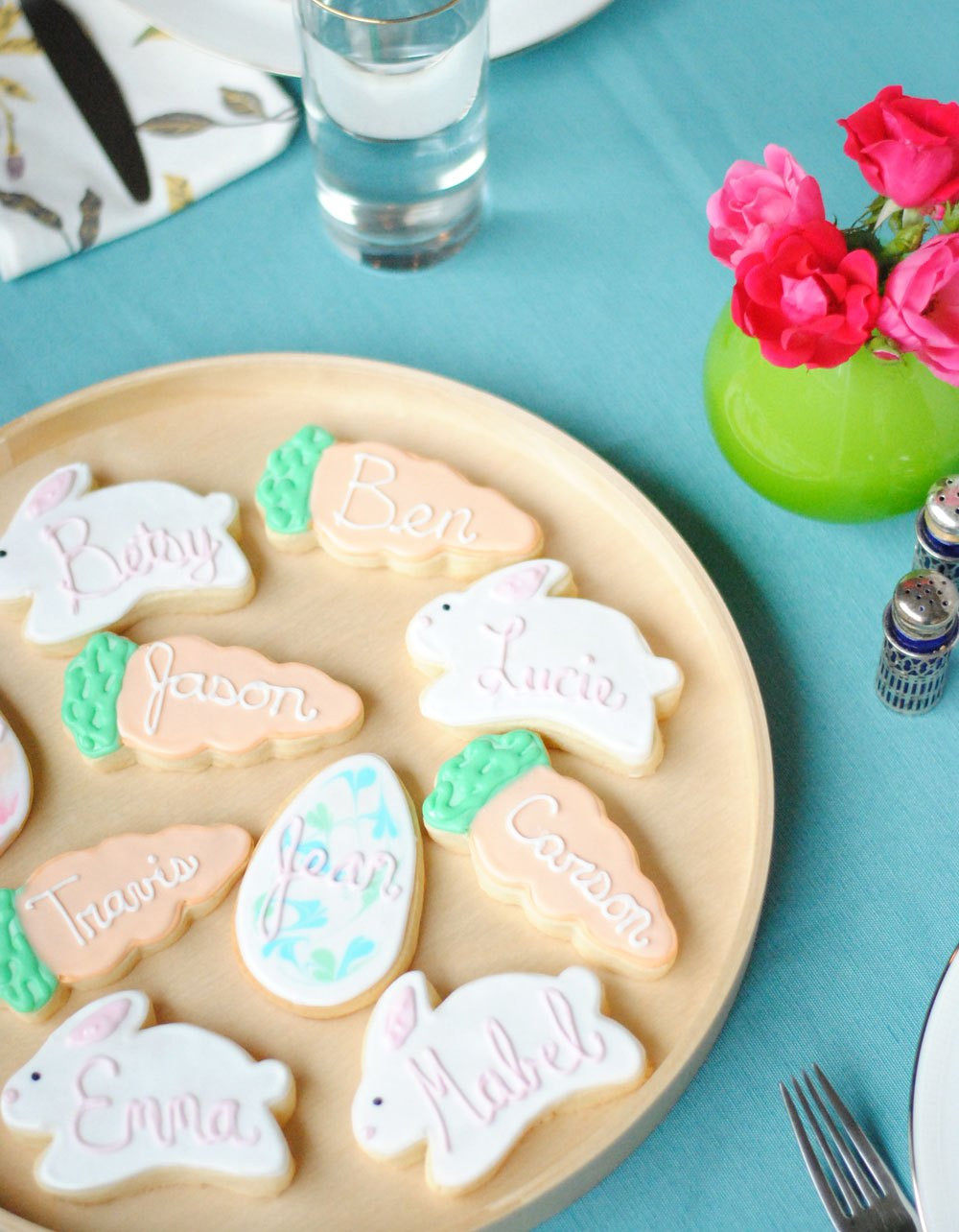 Easter Cut Out Cookies  Easter Cookie Place Cards & A Thick Cut Out Sugar Cookie