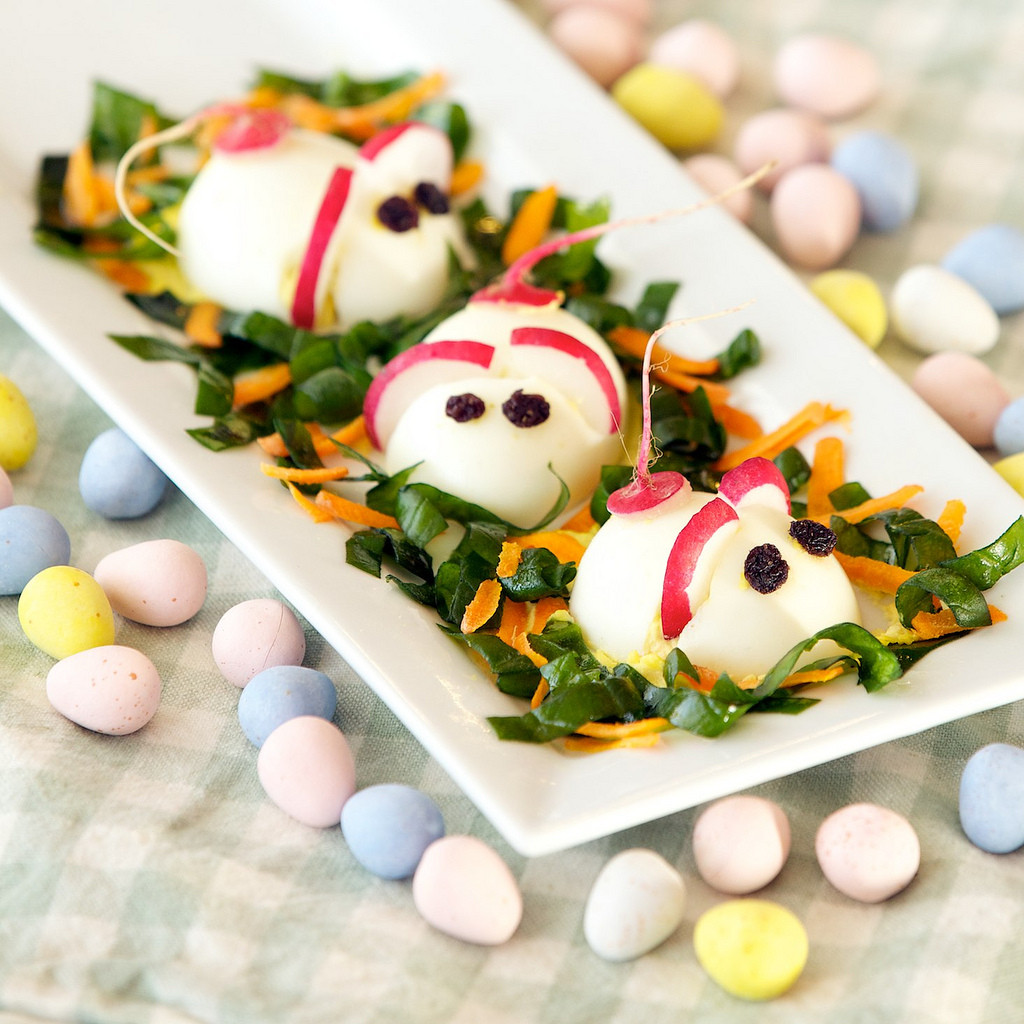 Easter Deviled Eggs  Easter Deviled Egg Mice