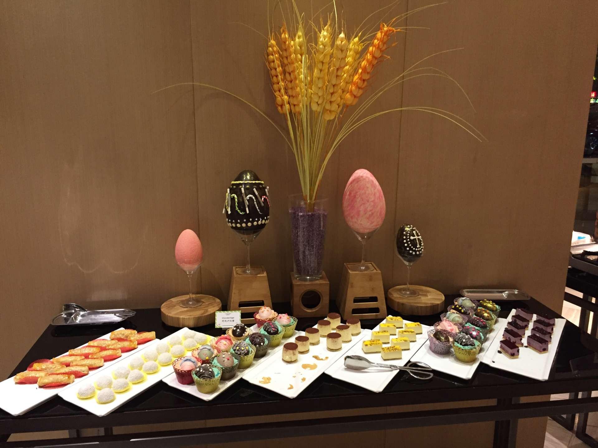 Easter Dinner At Restaurants  Easter dinner at the restaurant – Vakantio