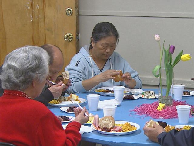 Easter Dinner Boston  Rescue Mission Serves Easter Dinner To Homeless CBS Denver
