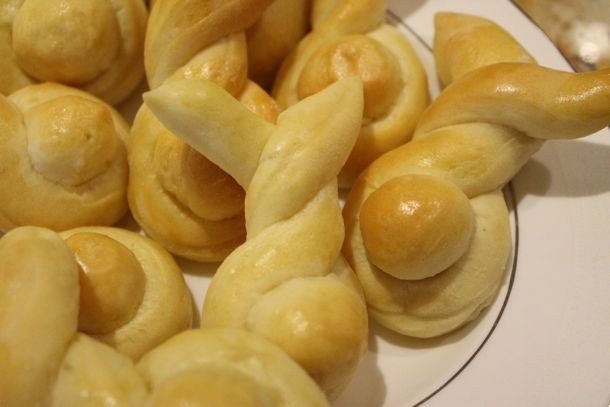Easter Dinner Rolls  Bunny Rolls – A Family Easter Recipe
