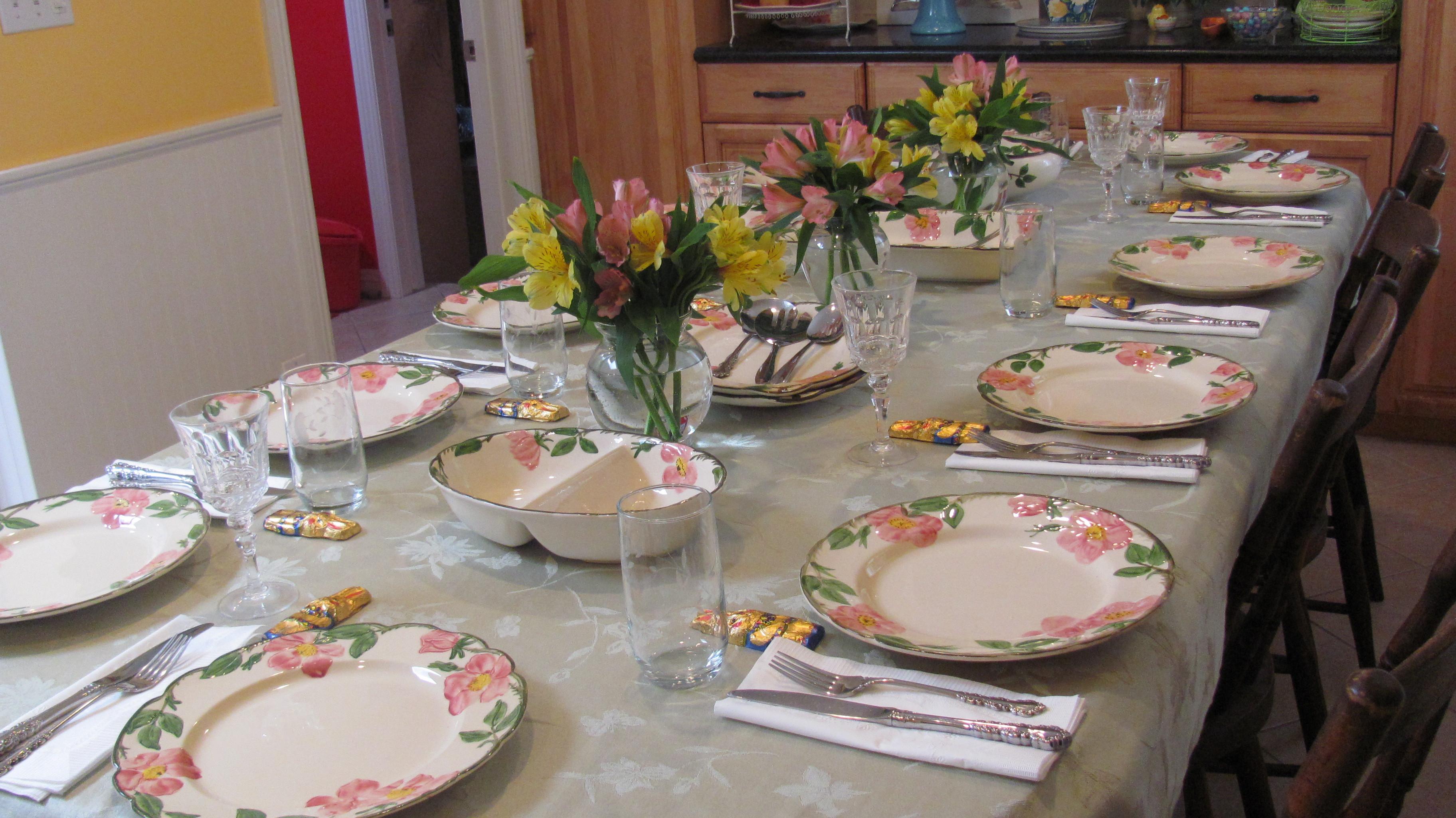Easter Dinner Table Settings  Easter