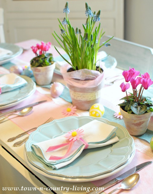 Easter Dinner Table Settings  10 Last Minute Easter Projects Town & Country Living