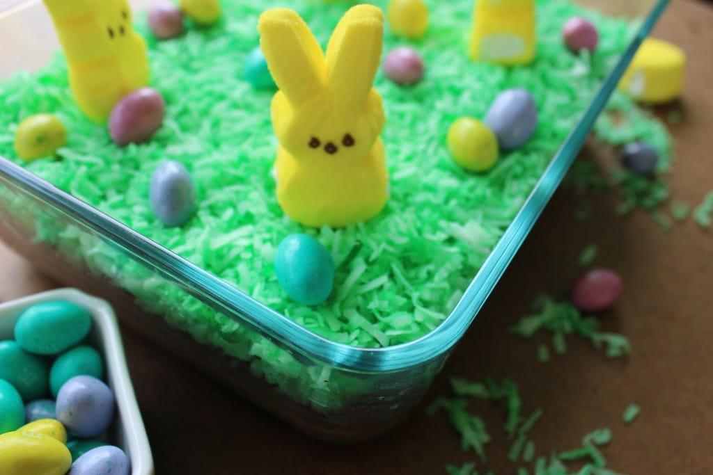 Easter Dirt Cake Recipe  Oreo Dirt Pudding