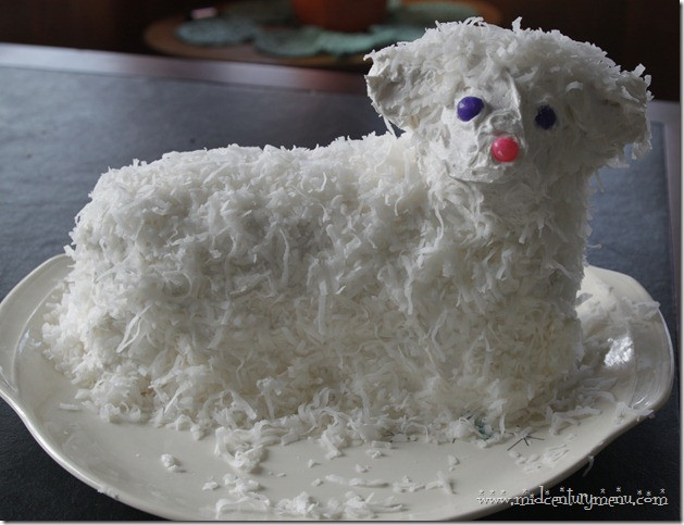 "Easter Lamb Cake Recipe  10 Tips For The Perfect Retro Easter Lamb ""Lambie"" Cake"