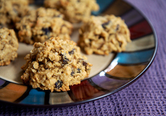 Easy And Healthy Desserts  Healthy Oatmeal Cookie Recipe Using Beans