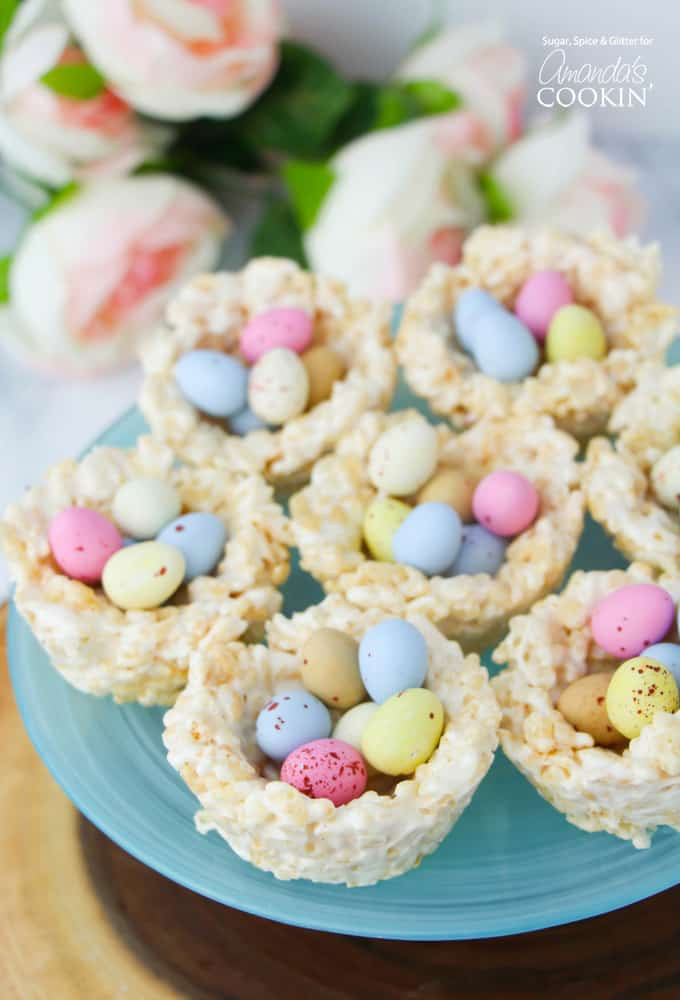 Easy Desserts For Easter  Rice Krispie Nests a quick and easy no bake Easter treat