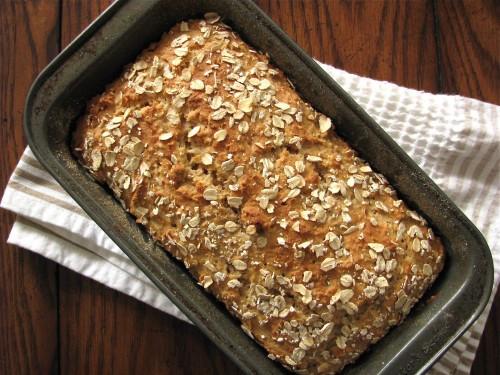 Easy Healthy Bread Recipes  Whole Wheat Oatmeal Quick Bread