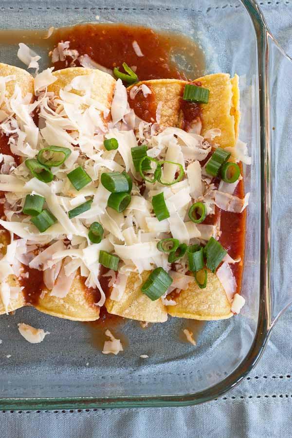 Easy Healthy Chicken Enchiladas  Chicken Enchiladas made with Homemade Enchilada Sauce