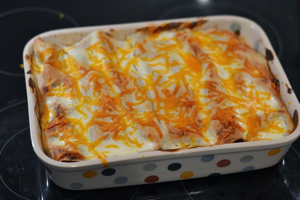 Easy Healthy Chicken Enchiladas  Easy Healthy Chicken Enchiladas The Runner Beans