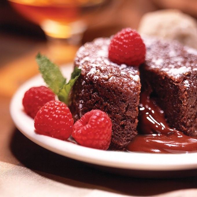 Easy Healthy Chocolate Desserts  Paleo Chocolate Molten Lava Cake – Best Easy Healthy Baked