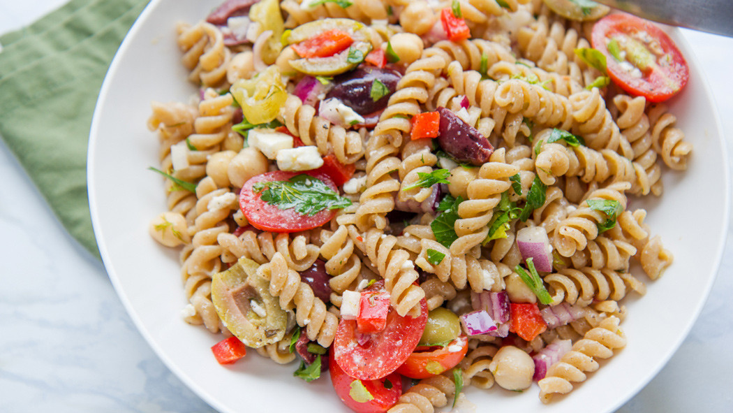 Easy Healthy Pasta Salad  Healthy Spring Recipe Greek Veggie Pasta Salad