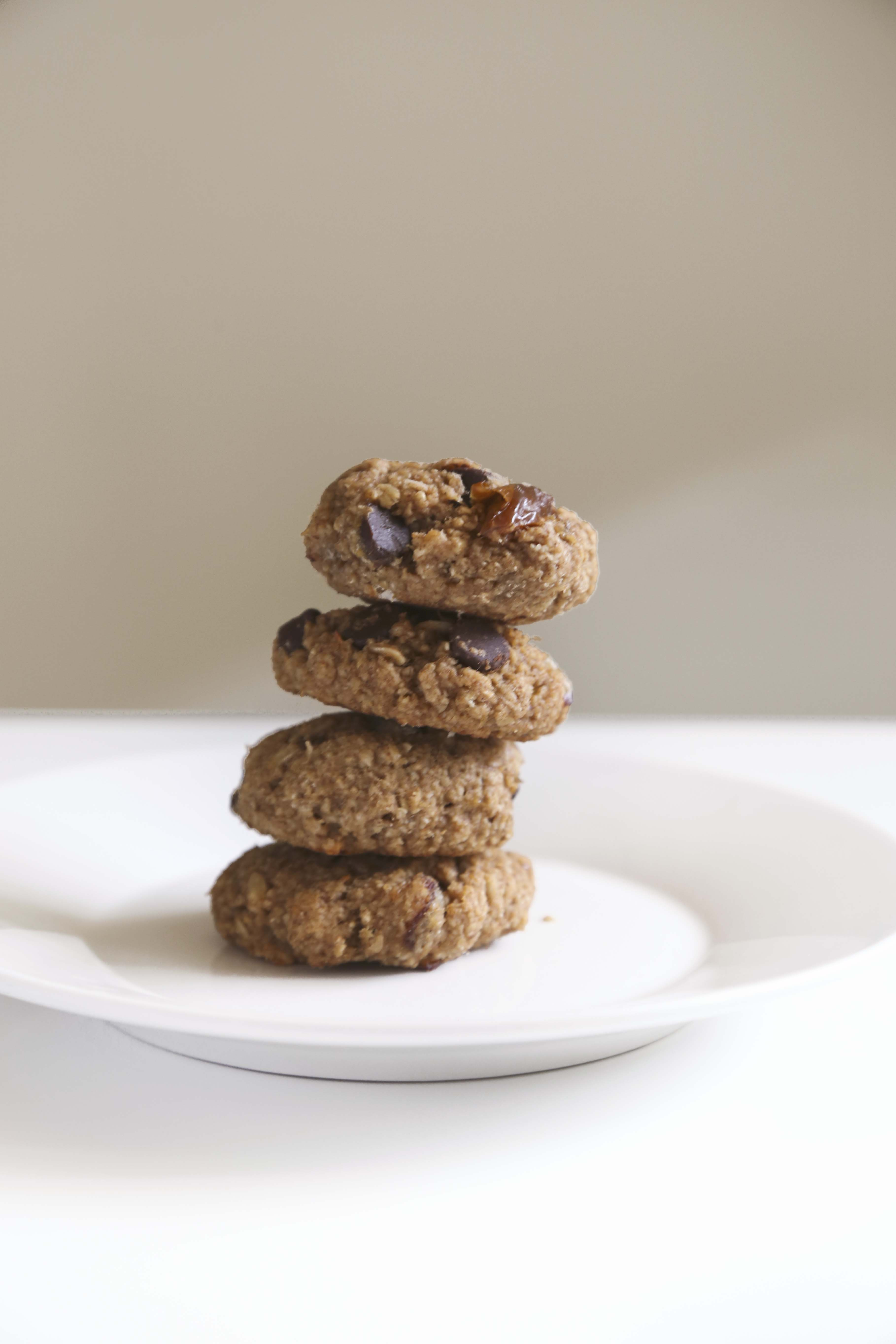 Easy Healthy Peanut Butter Cookies  Healthy and Easy Peanut Butter Oatmeal Cookies – Foodologie