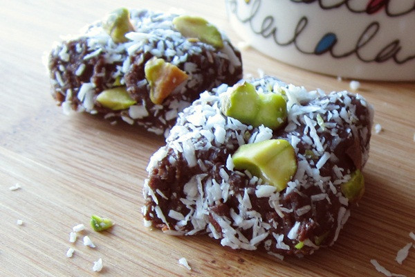 Easy Healthy Snacks For Work  52 Healthy Packable Back to School and Work Snacks Go