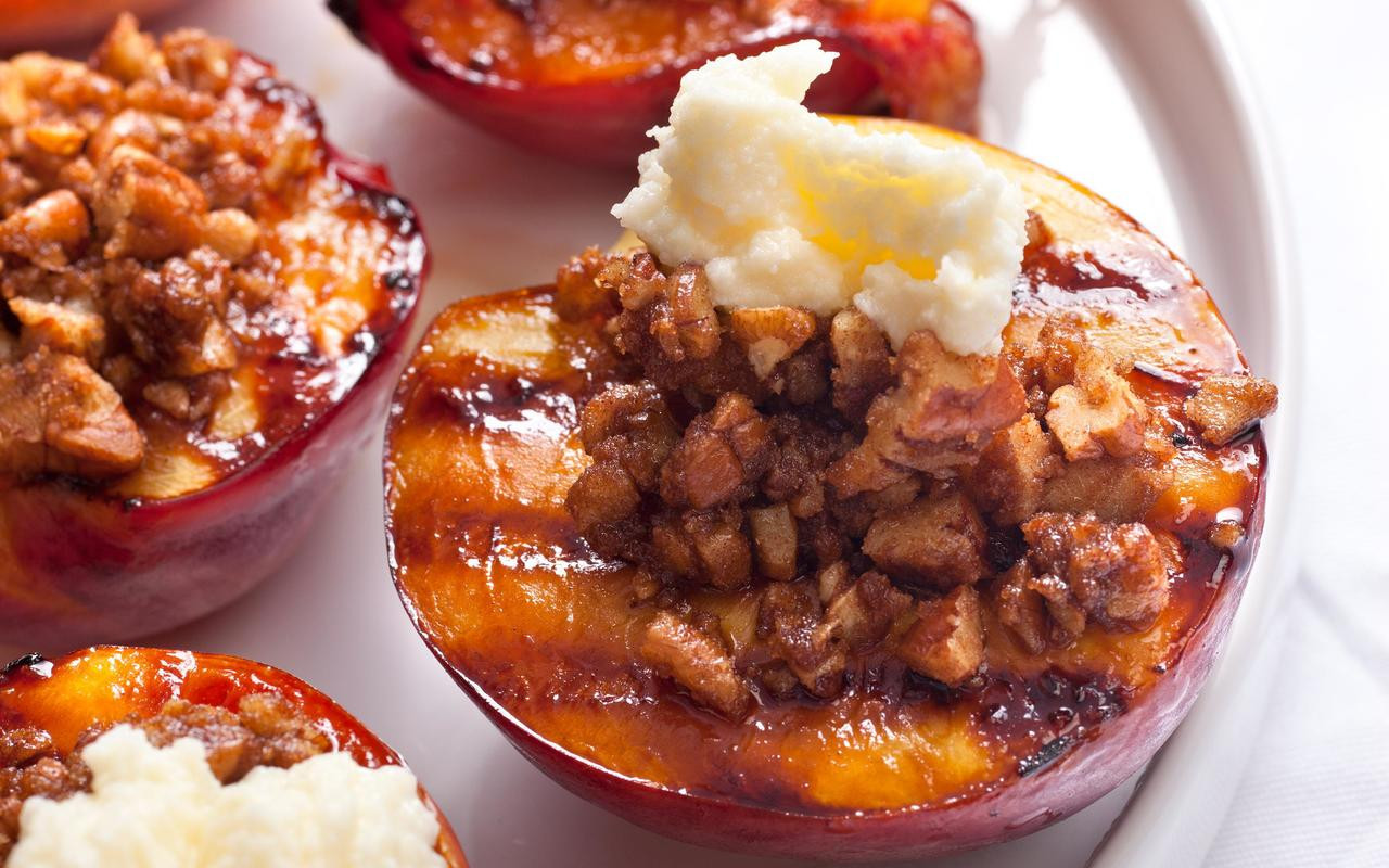 Easy Summer Desserts For Bbq  Grilled Nectarine Crumble Recipe Chowhound