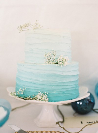 Easy Wedding Cakes  15 Beautifully Simple Wedding Cakes