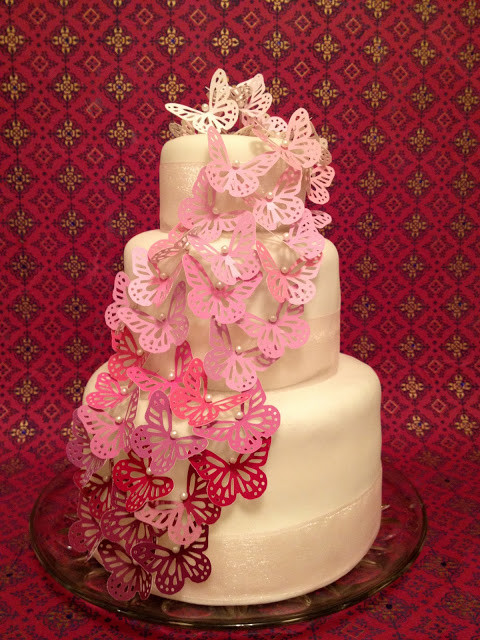 Easy Wedding Cakes To Make Yourself  Jennuine by Rook No 17 Easy & Elegant Wedding Cake You