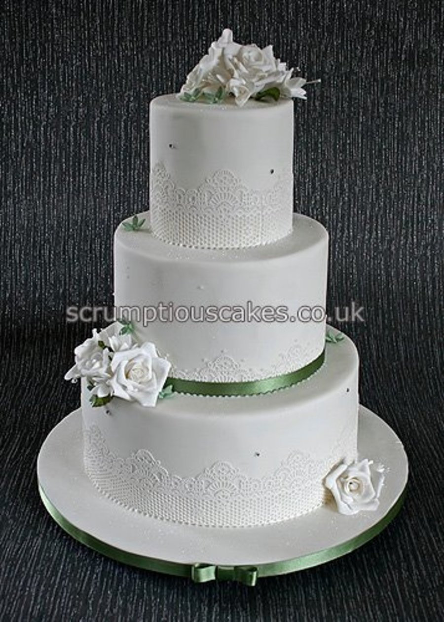 Edible Lace For Wedding Cakes  Edible Lace Sugar Roses & Fuschias Wedding Cake