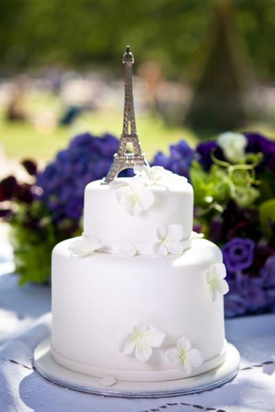 Eiffel Tower Wedding Cakes  20 Best Wedding Cakes in France
