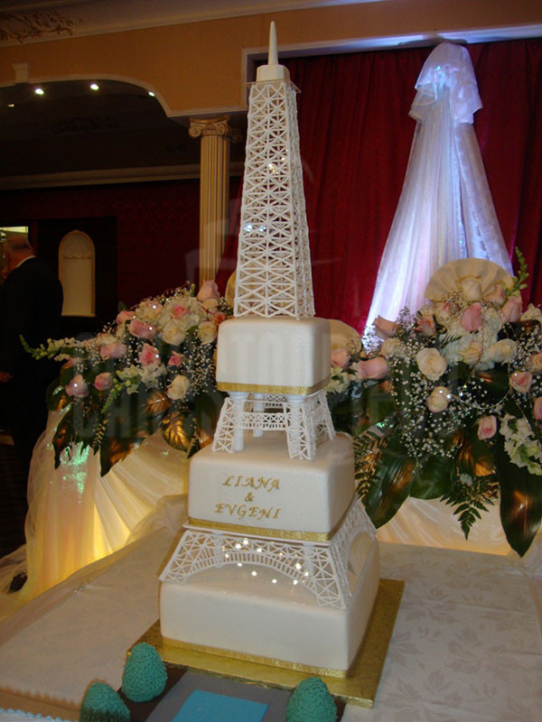Eiffel Tower Wedding Cakes  WEDDING CAKES