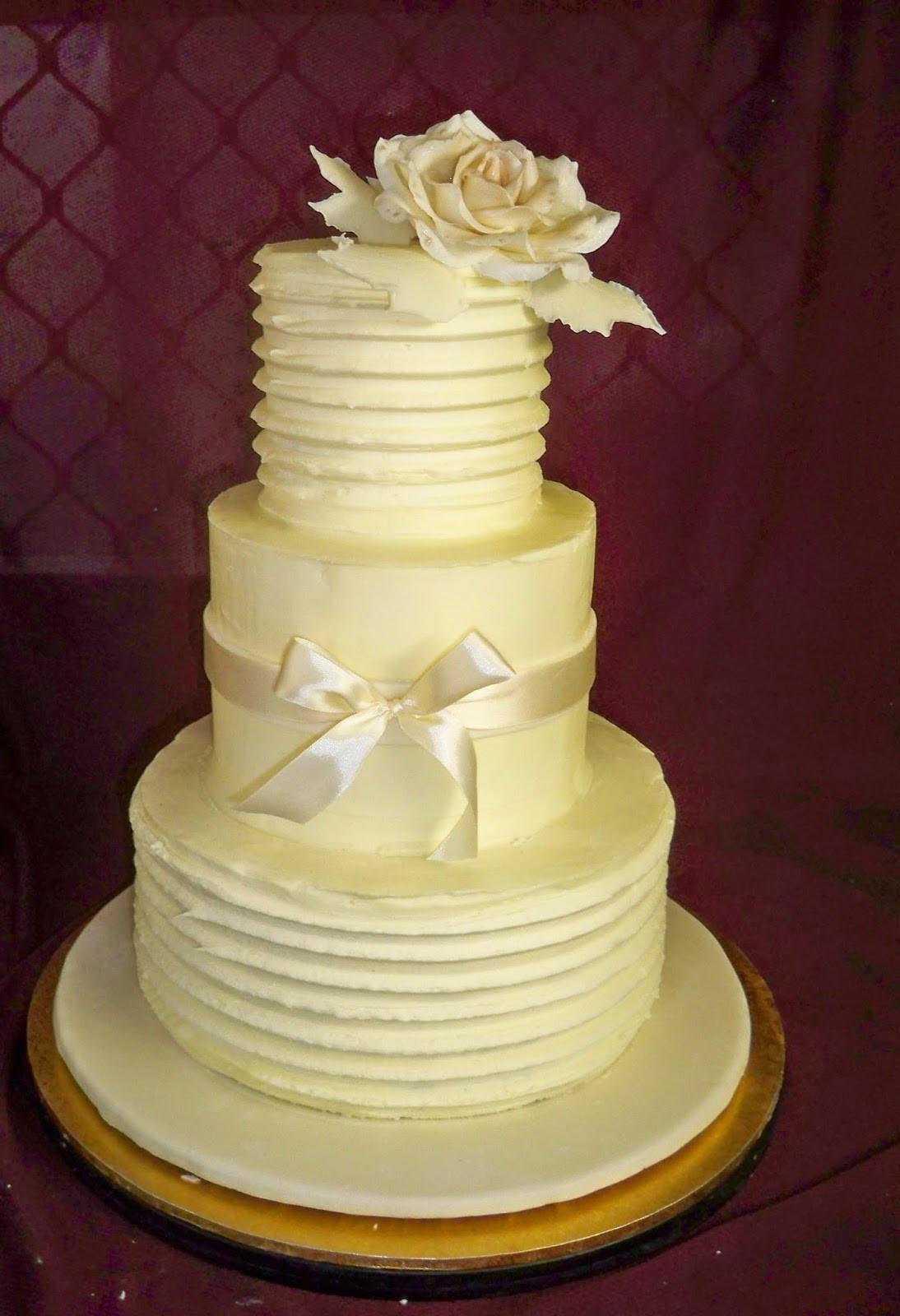 Elegant Buttercream Wedding Cakes  white buttercream elegant wedding cake