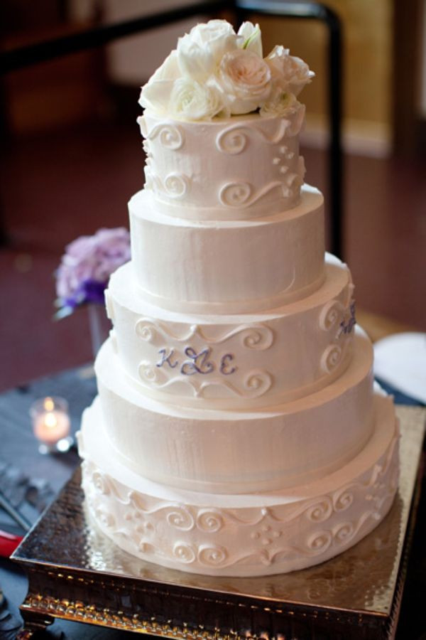 Elegant Buttercream Wedding Cakes  Elegant buttercream wedding cake