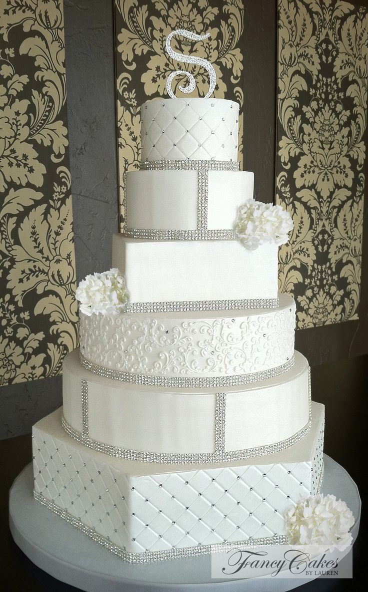 Elegant Wedding Cakes With Bling  812 best Wedding Cake Style images on Pinterest