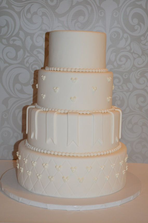 Fake Wedding Cakes For Display  25 best ideas about Fake wedding cakes on Pinterest
