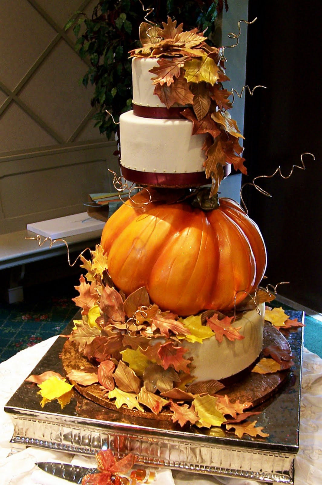 Fall Themed Wedding Cakes  45 Incredible Fall Wedding Cakes that WOW