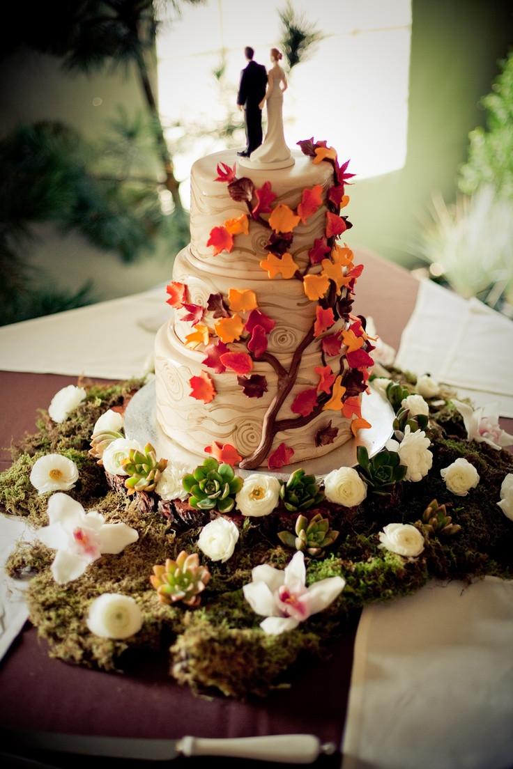 Fall Themed Wedding Cakes  FALL wedding ideas 2013