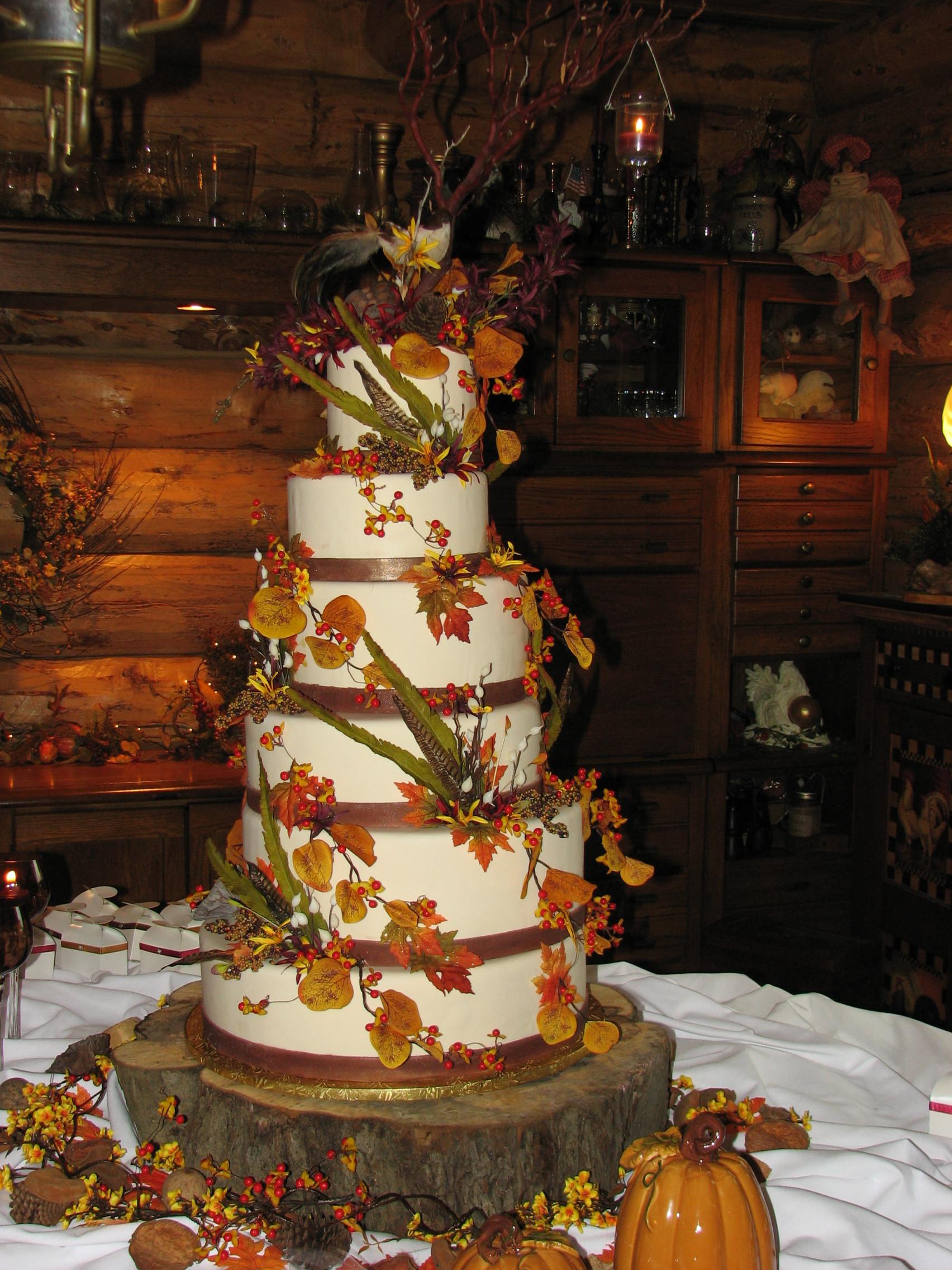 Fall Themed Wedding Cakes  Fall theme wedding cakes idea in 2017