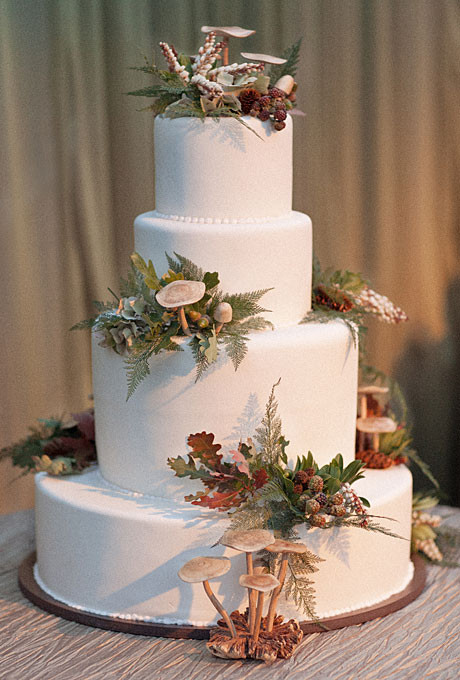 Fall Wedding Cakes Ideas  fall themed cakes